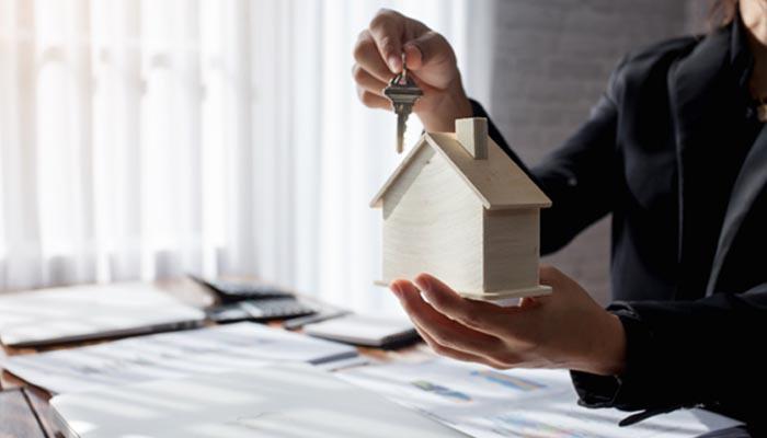 Read more about the article Como facilitar a rotina de um corretor em localizar interessados em alugar ou vender imóveis?